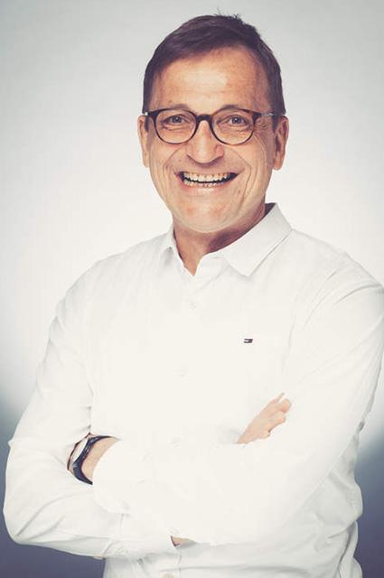 Dr. Dr. Martin Kirstein
